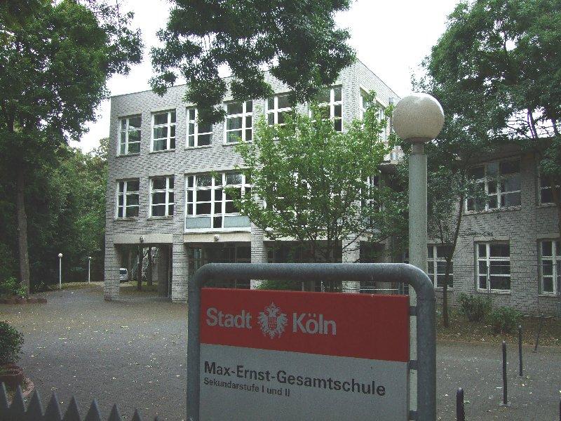 Die geplante Verlängerung der Stadtbahnlinie 3 soll der Verkehrssicherheit der Schülerinnen und Schüler der Max-Ernst-Gesamtschule dienen.