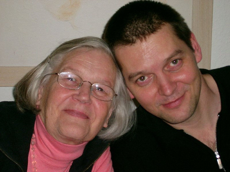 Ingrid Benner 2006 zu Besuch bei ihrem Sohn Jörg in Köln