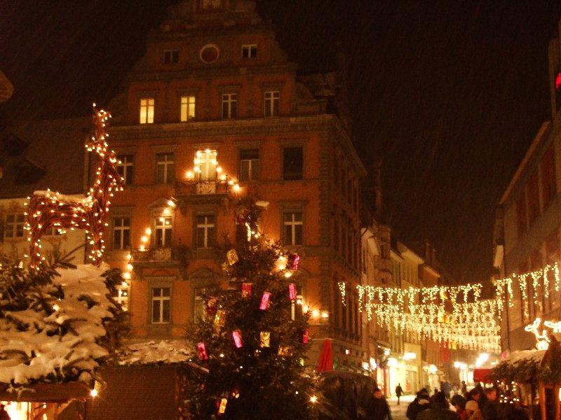 Impression vom Weihnachtsmarkt auf der Marktstätte Konstanz