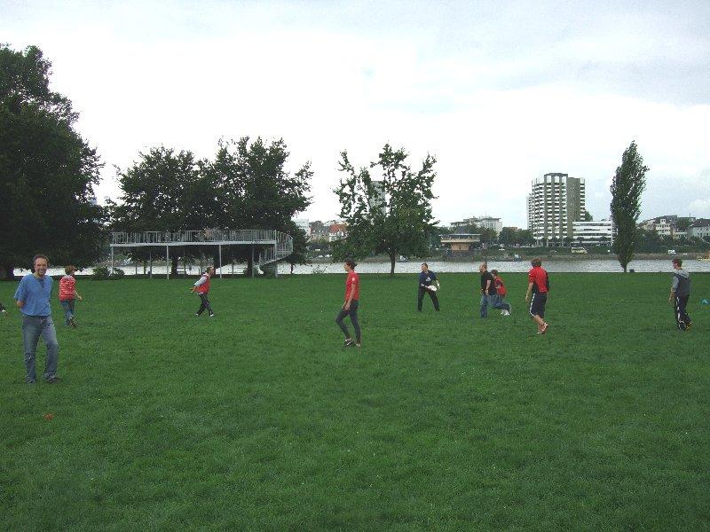 """Frisbeesportaktion bei """"Sportlich aktiv im Rheinpark"""" 2010"""