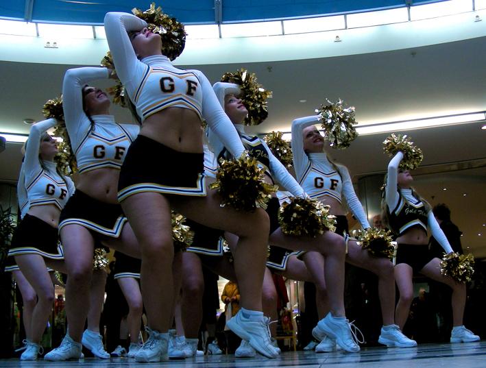 Die Kölner Goldflash-Cheerleader suchen Verstärkung