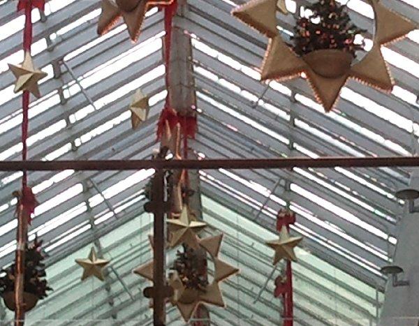 Weihnachtsdeko im City-Center Köln-Chorweiler