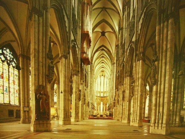 Foto des Kölner Doms bei der Ausstellung Kölner Orte im Land der Ideen