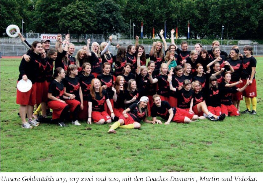 Die deutschen Ultimate-Juniorinnen in Heilbronn 2010, aus der linken Innenseite des DFV-Jahrbuchs 2010