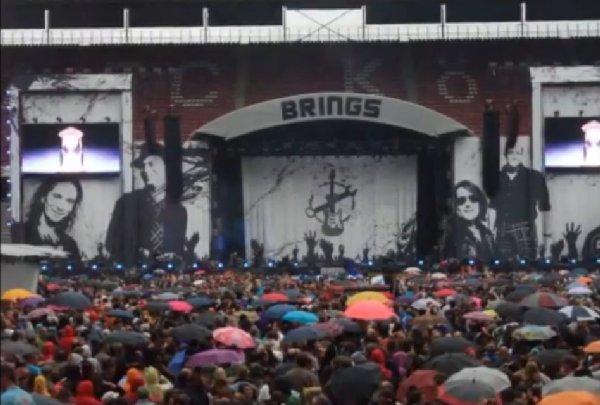 Die Bühne im Rhein-Energie-Stadion zum 20-jährigen Jubiläum von Brings