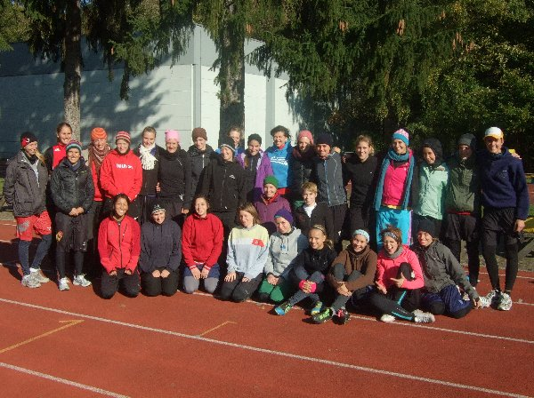 Gruppenbild mit den Damen des Nationalteam-Trainingslagers Oktober 2011 in Köln